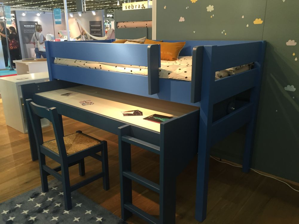 Bold and blue bunk beds furniture