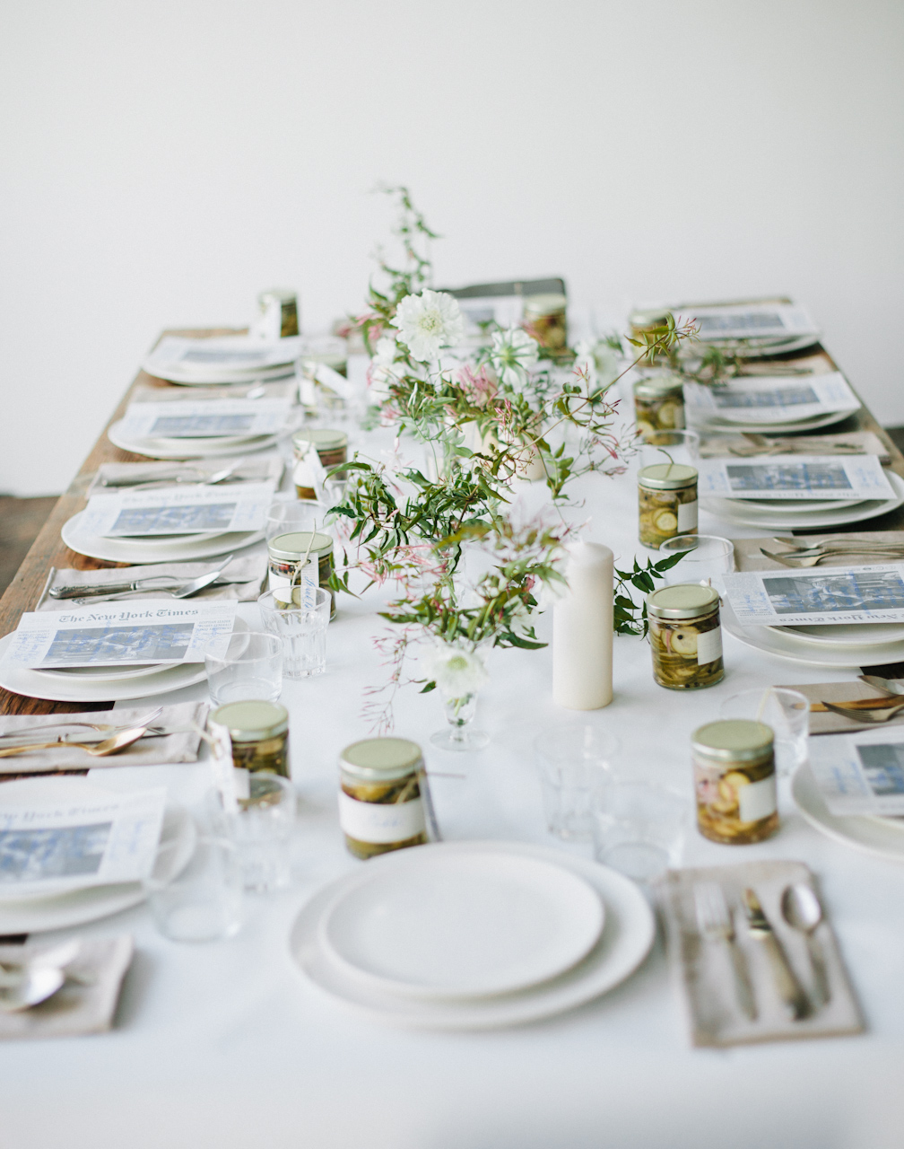 Clean and white Thanksgiving Decor