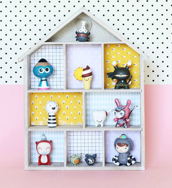 DIY dollhouse shelves