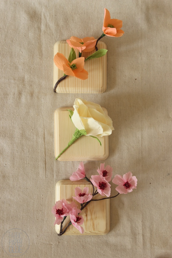DIY faux flower blocks