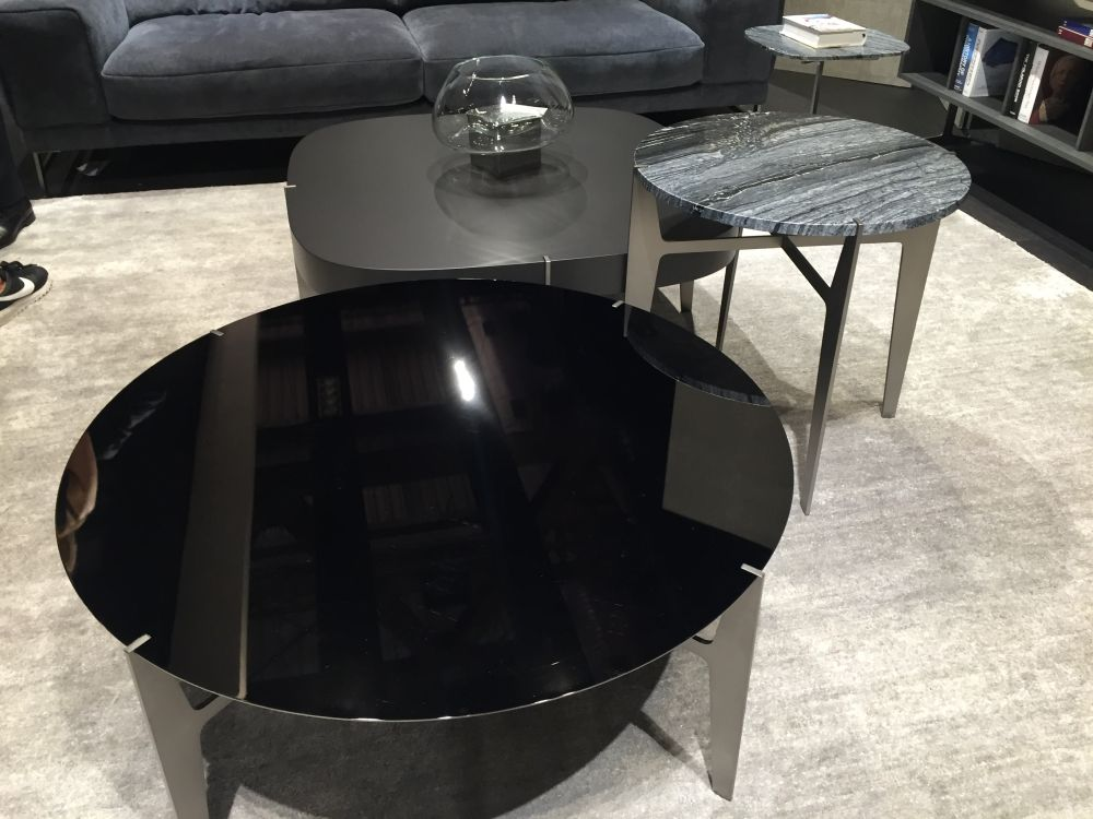 Different nesting coffee tables