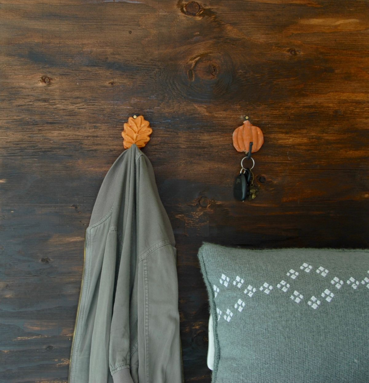 Fall Inspired Leaf and Pumpkin Wall Hooks Project