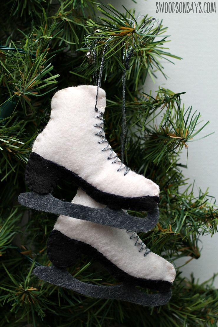 Felt Ice Skate Christmas Ornament