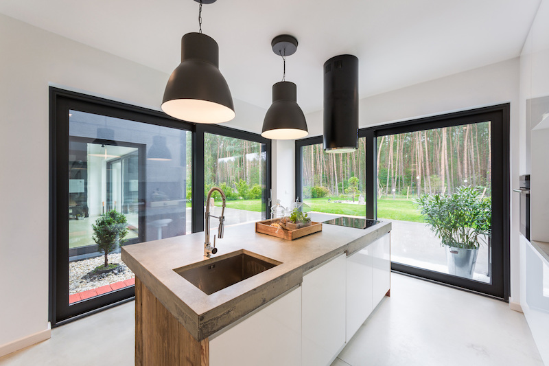 Fence House kitchen pendants