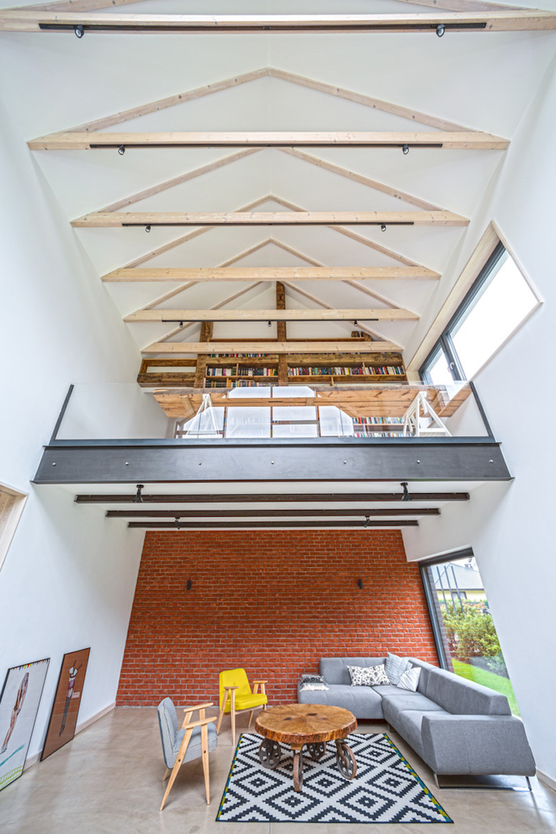 Fence House mezzanine level