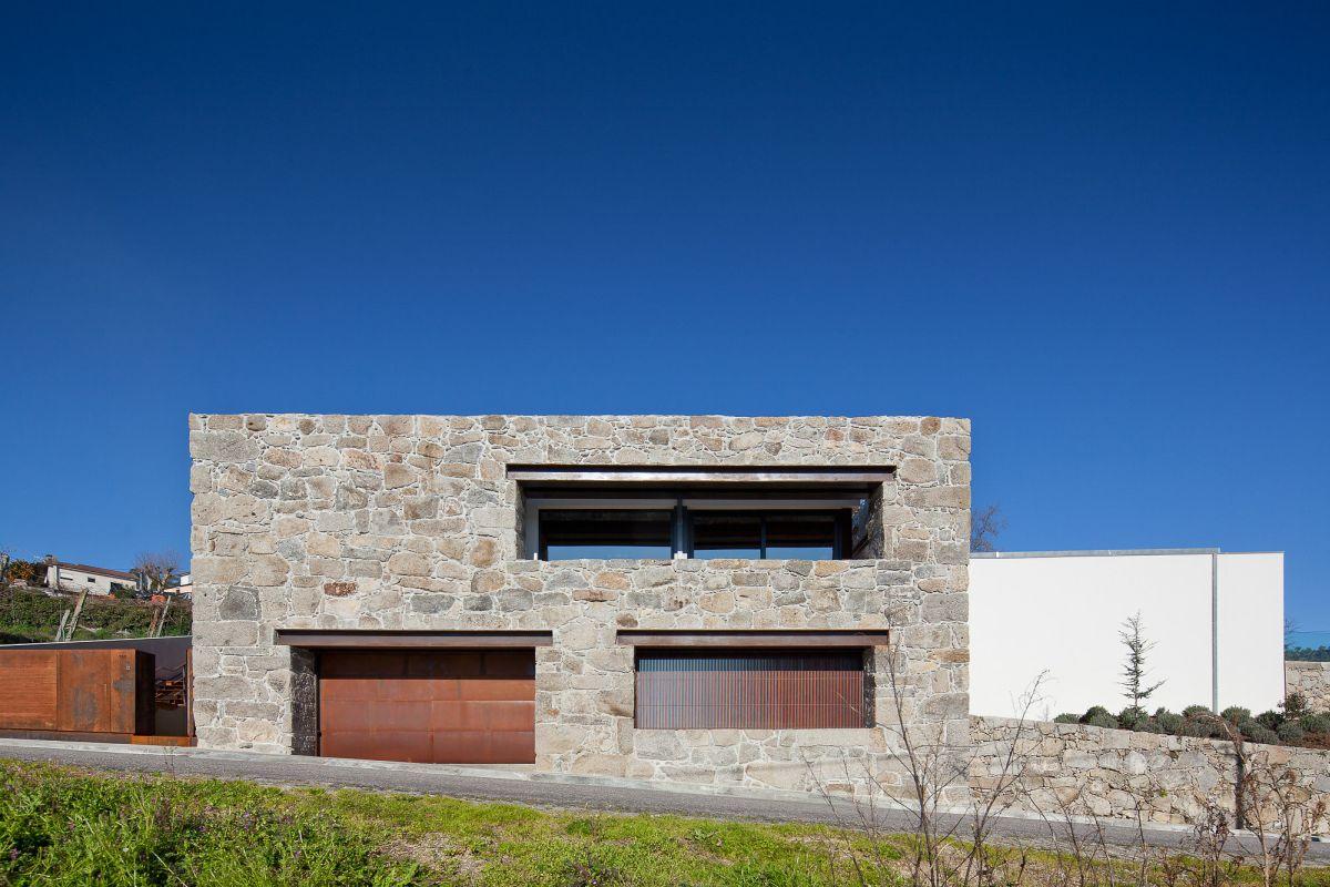 Fernando Coelho- RM House