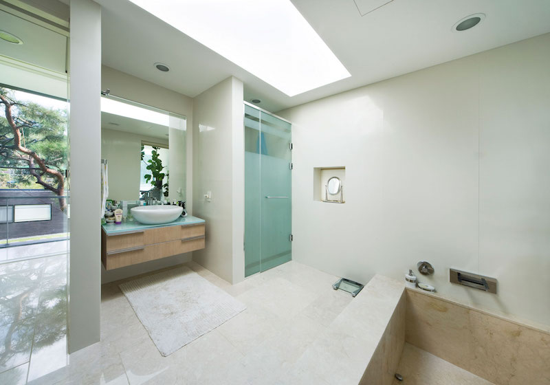 Floating House bathroom area