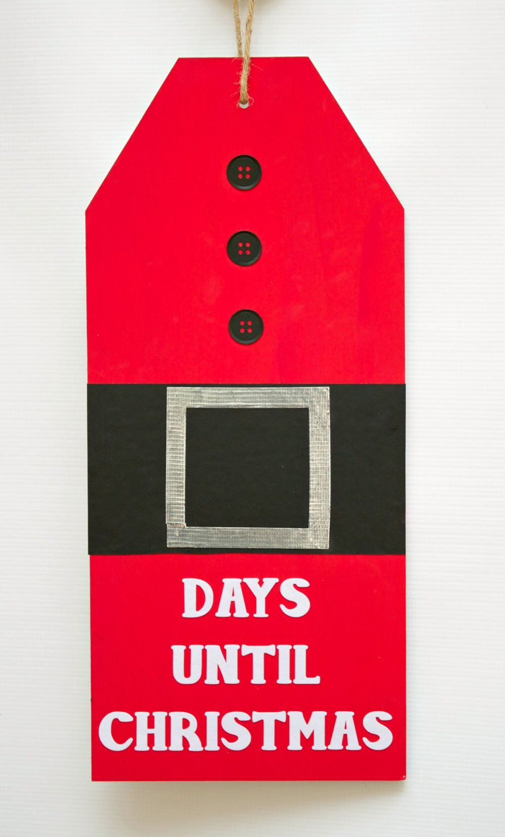 Giant Christmas Countdown Tag Hang