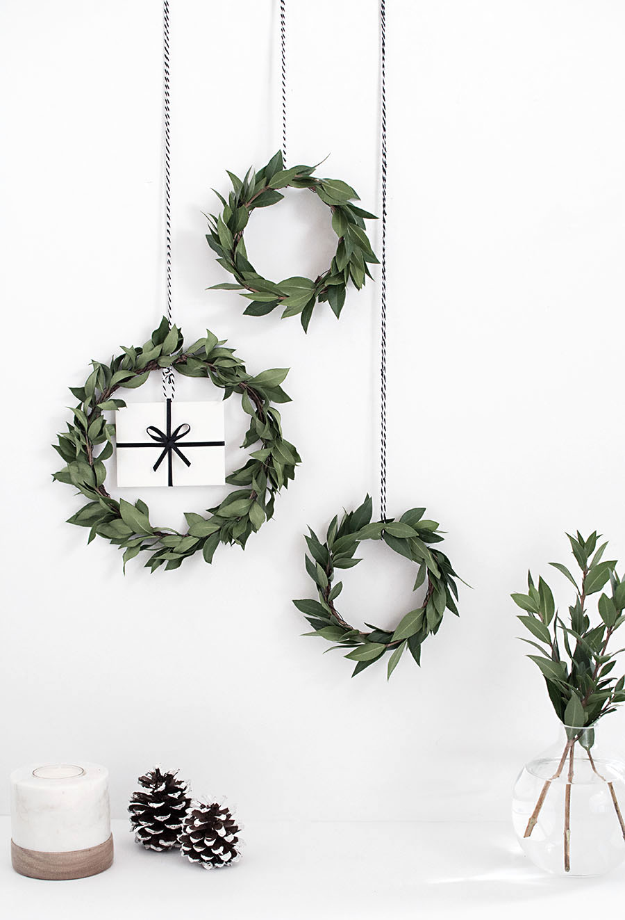 Hanging mini wreath