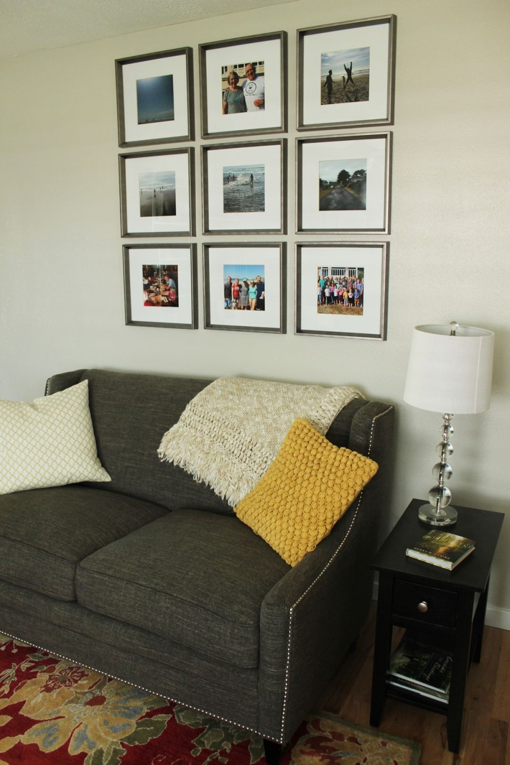 How to Decorate Living Room - seat and wall art above
