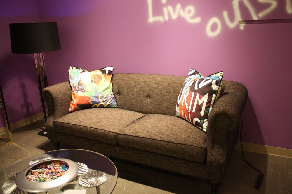 How to Decorate a Funky Living Room