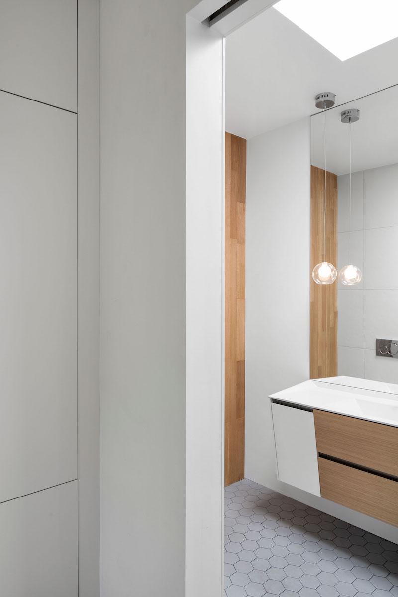 La Casa Renovation In Montreal Master Bathroom