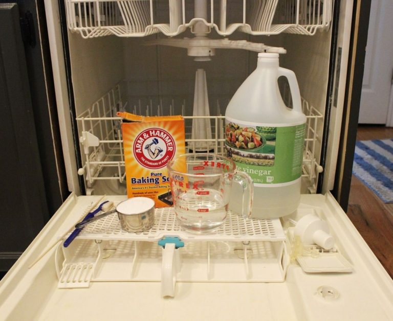Materials to clean a Dishwasher
