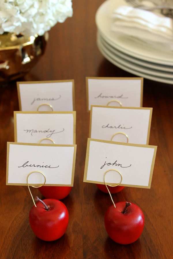 Mini apple place cards for Thanksgiving