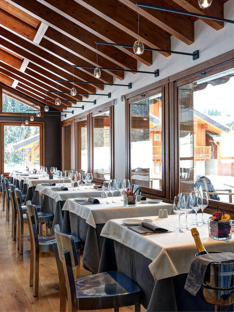 Nira Montana Hotel Esstische