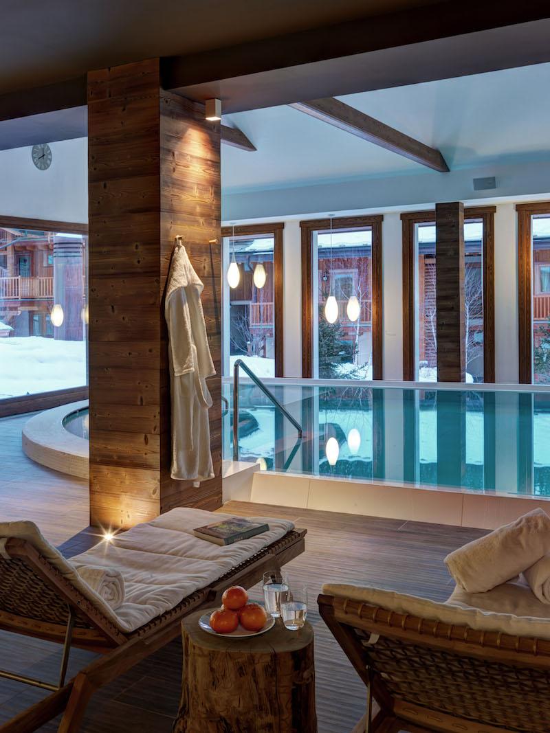 Nira Montana Hotelschwimmbad