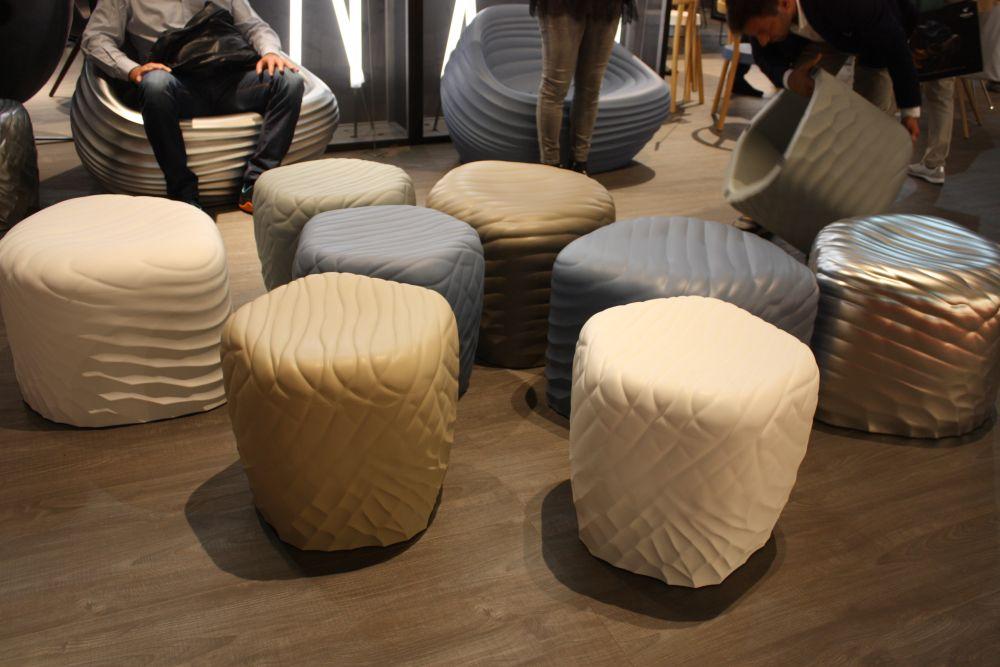 Plastic molding round ottoman