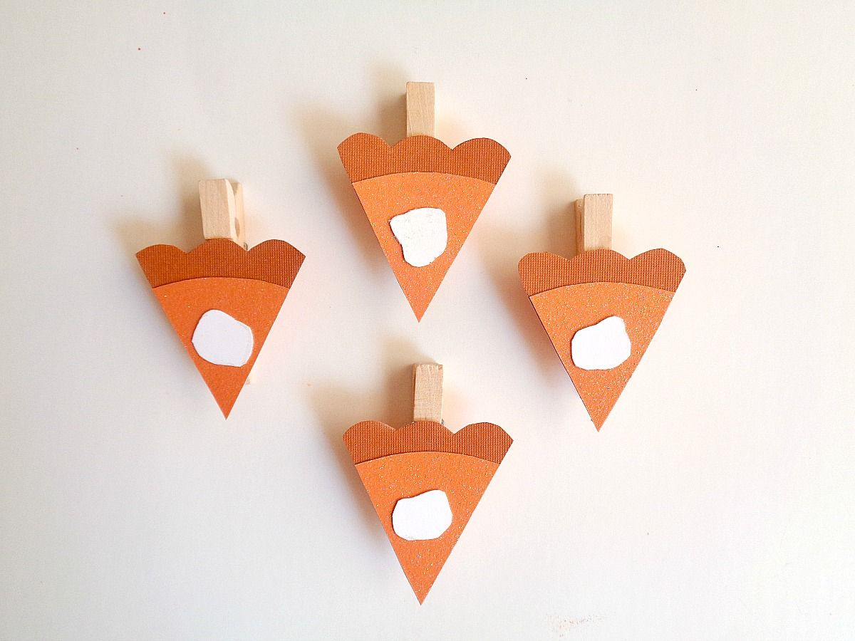 Pumpkin Pie Slice Place Cards Glue