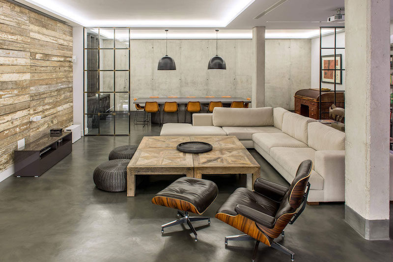 Modern-Industrial House With Sophisticated Decor Accents