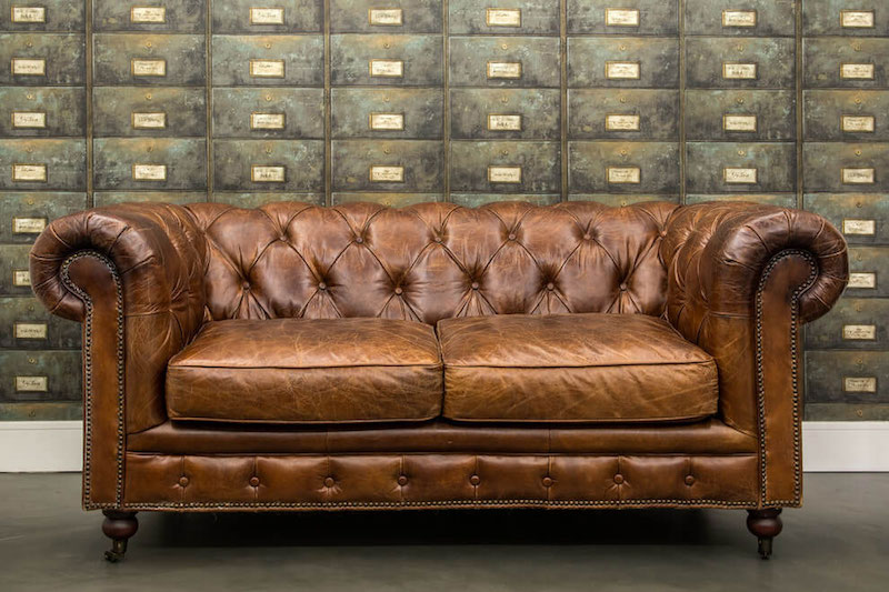 Residencial III house vintage sofa