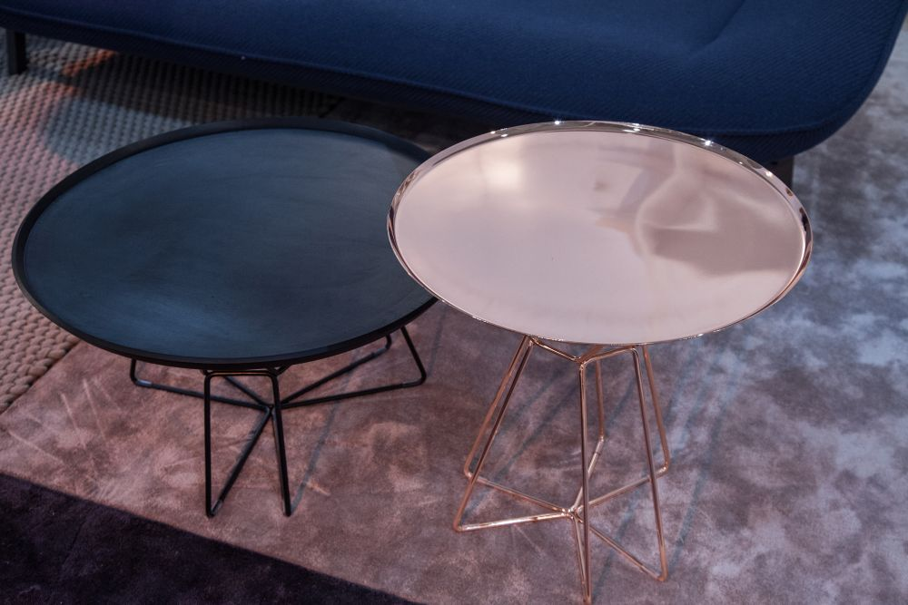 Round coffee tables with copper base