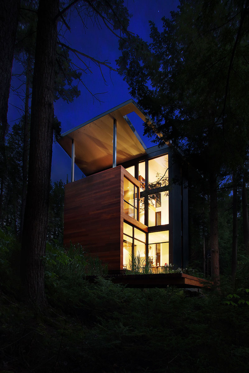 Sculptural tower house at night