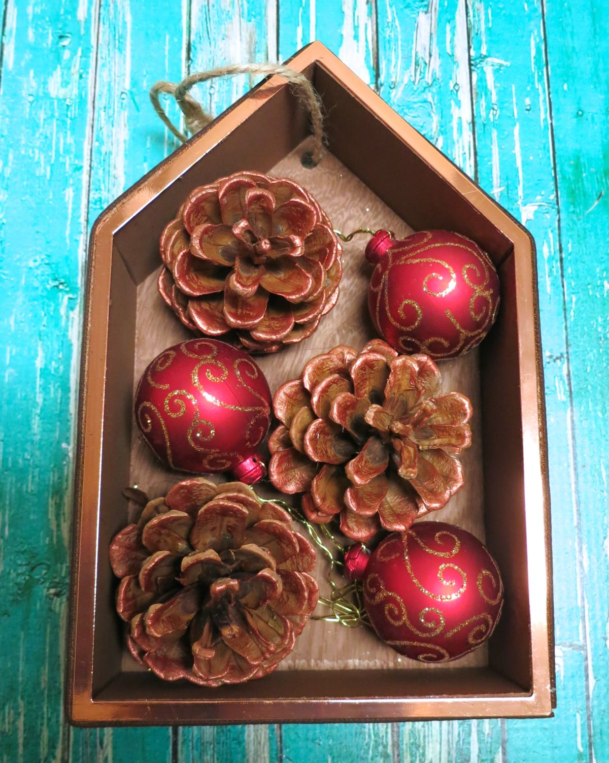 Shadowbox Christmas Ornament Tutorial Decorating