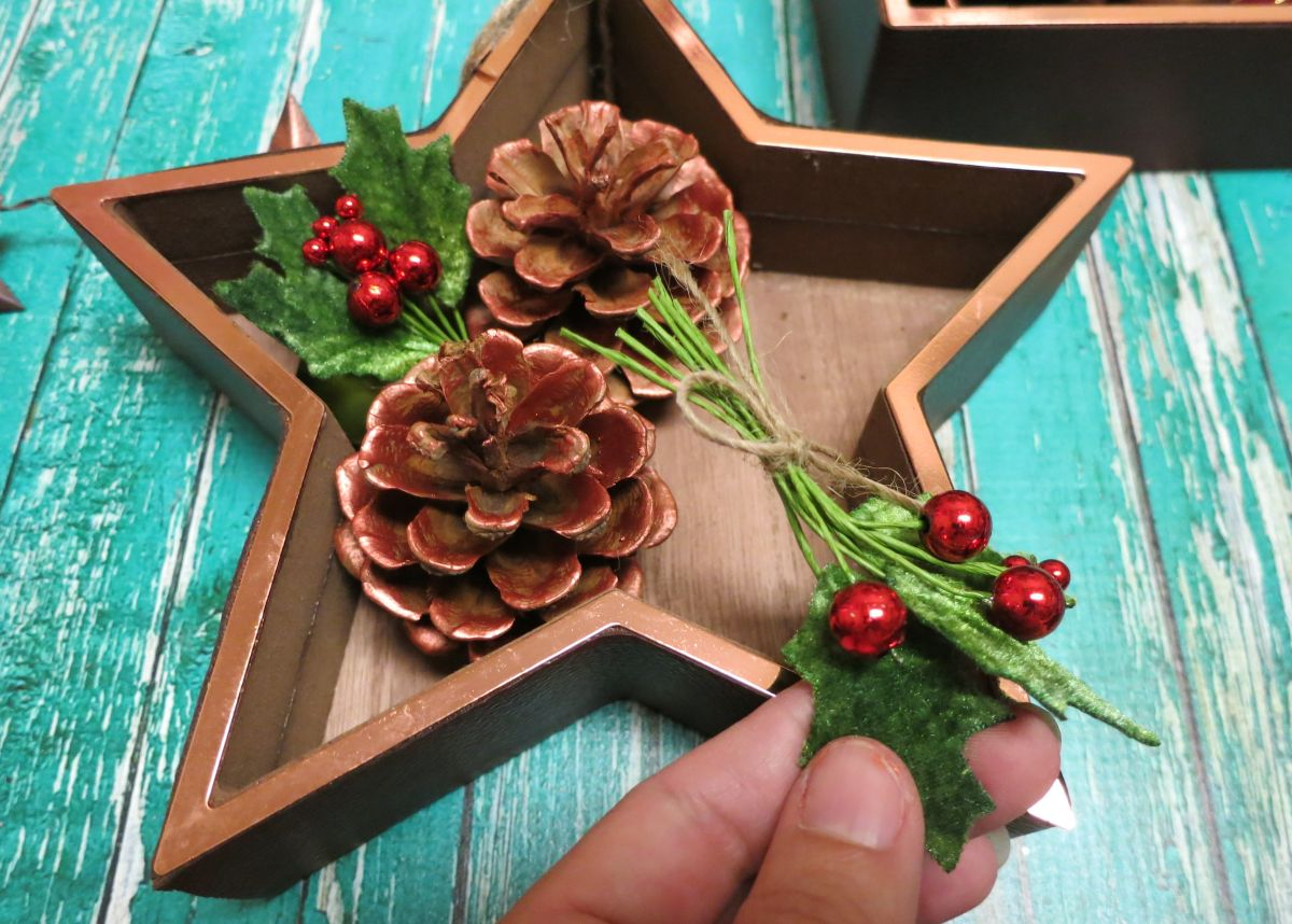 Shadowbox Christmas Ornament Tutorial - Green
