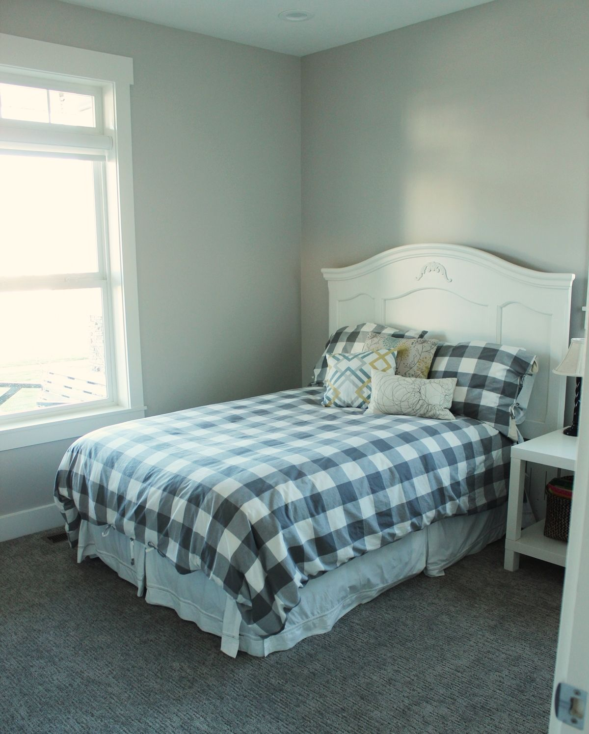 Similar Guest Bedroom Design