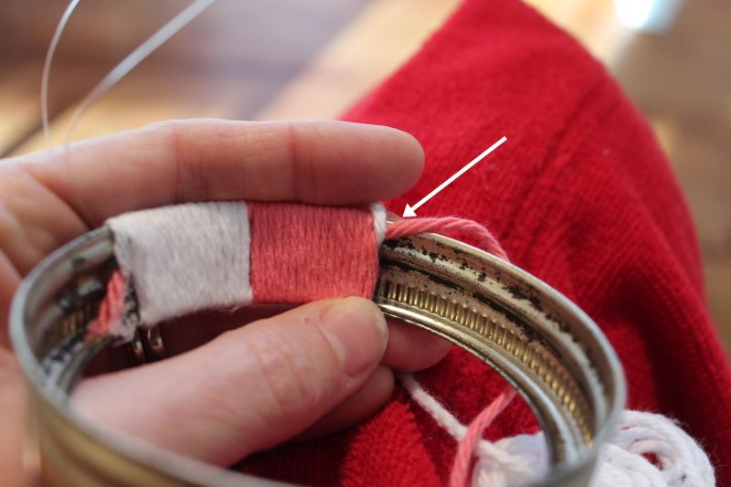 Start by gluing both ends of your yarn