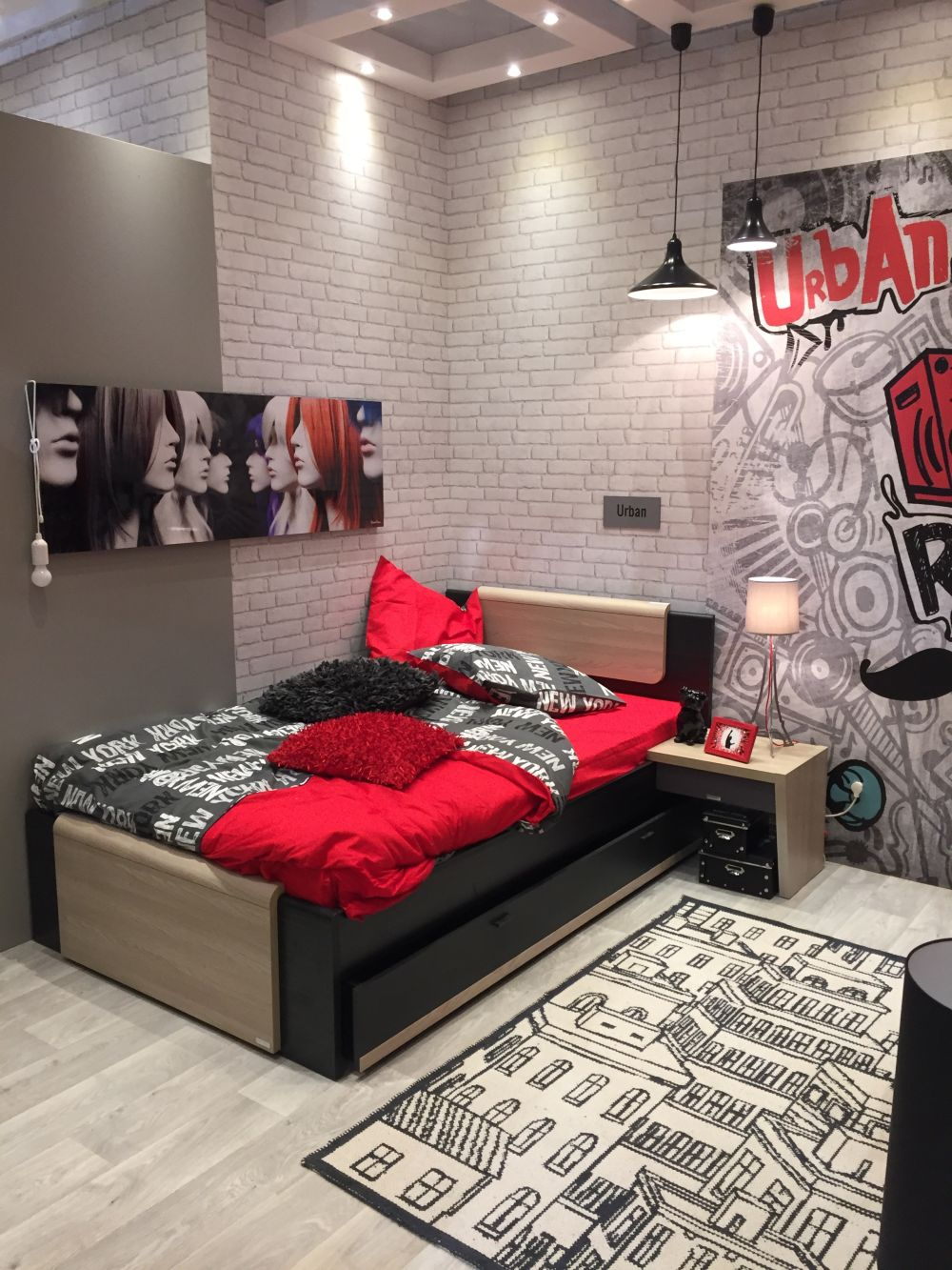 White Brick Walls for Teenage Room