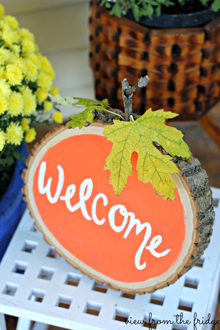 Wood slice Welcome Sign