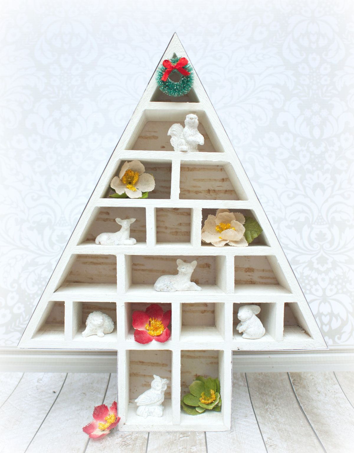 Woodlands Themed Decorative Christmas