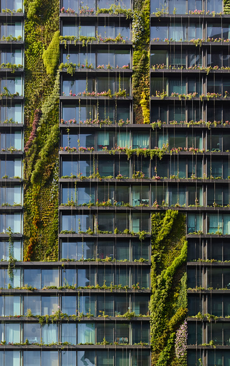 architect Jean Nouvel and botanist Patrick Blanc Vertical Garden
