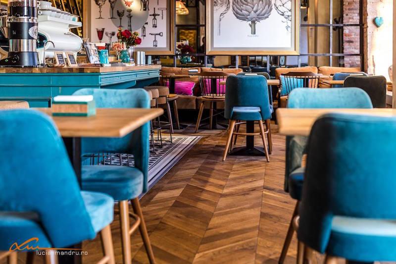 Bujole restaurant heringbone floor
