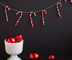DIY Christmas Garlands That Put A Fresh Spin On Tradition