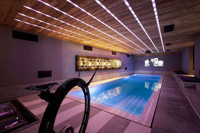 Chalet Cyanella Indoor Pool