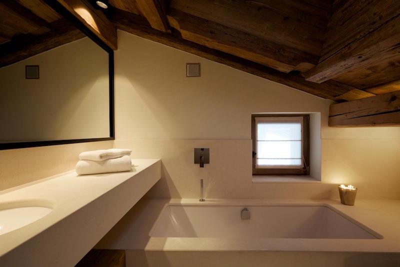 Chalet Cyanella kleines Badezimmer