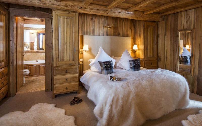 Chalet Le Chardon bedroom en-suite