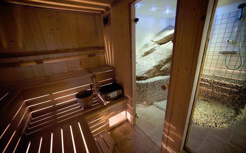 Chalet Le Chardon sauna interior