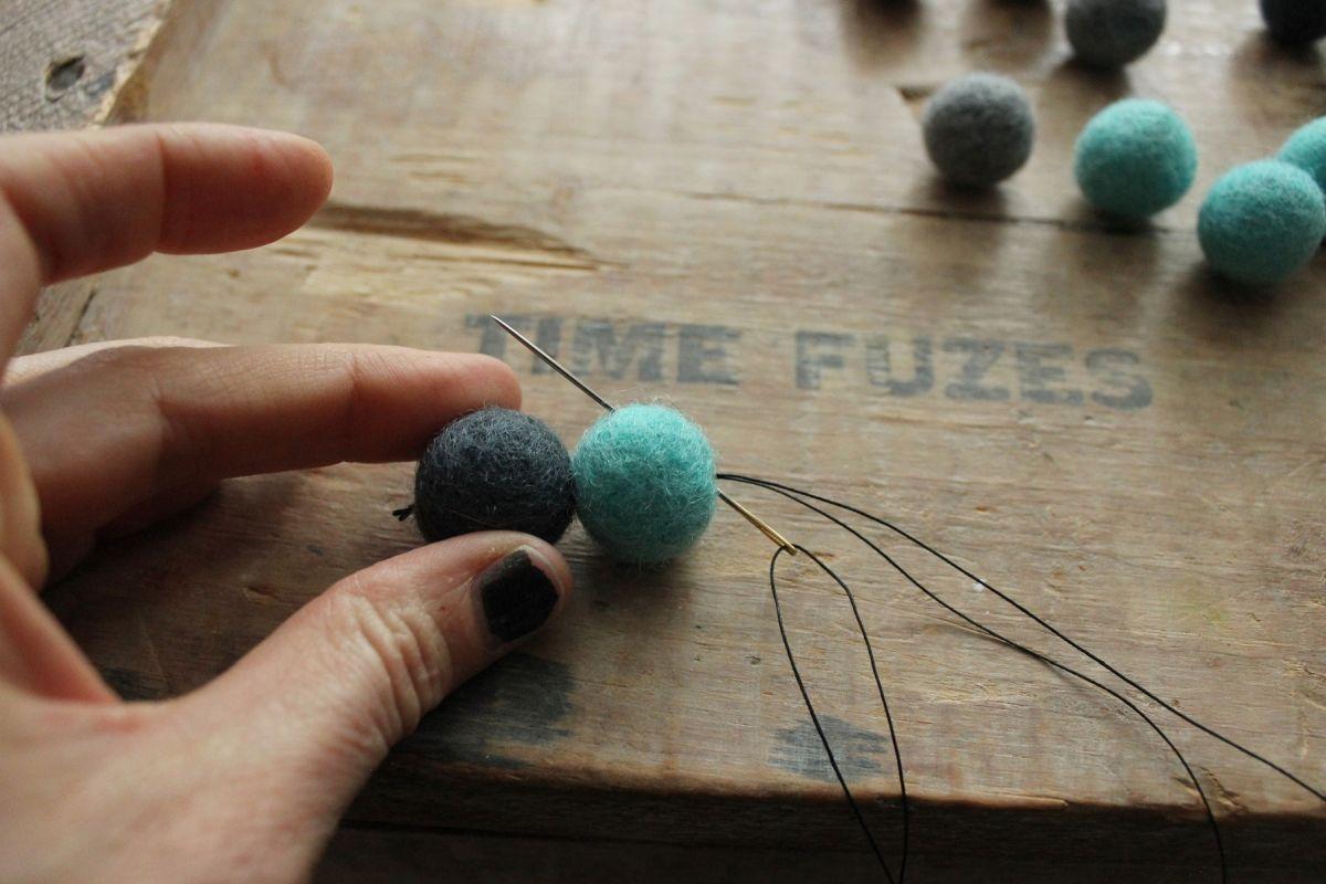 DIY Felt Ball Coasters - cut thread
