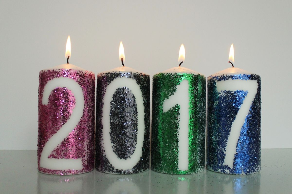 DIY New Year Glitter Candles