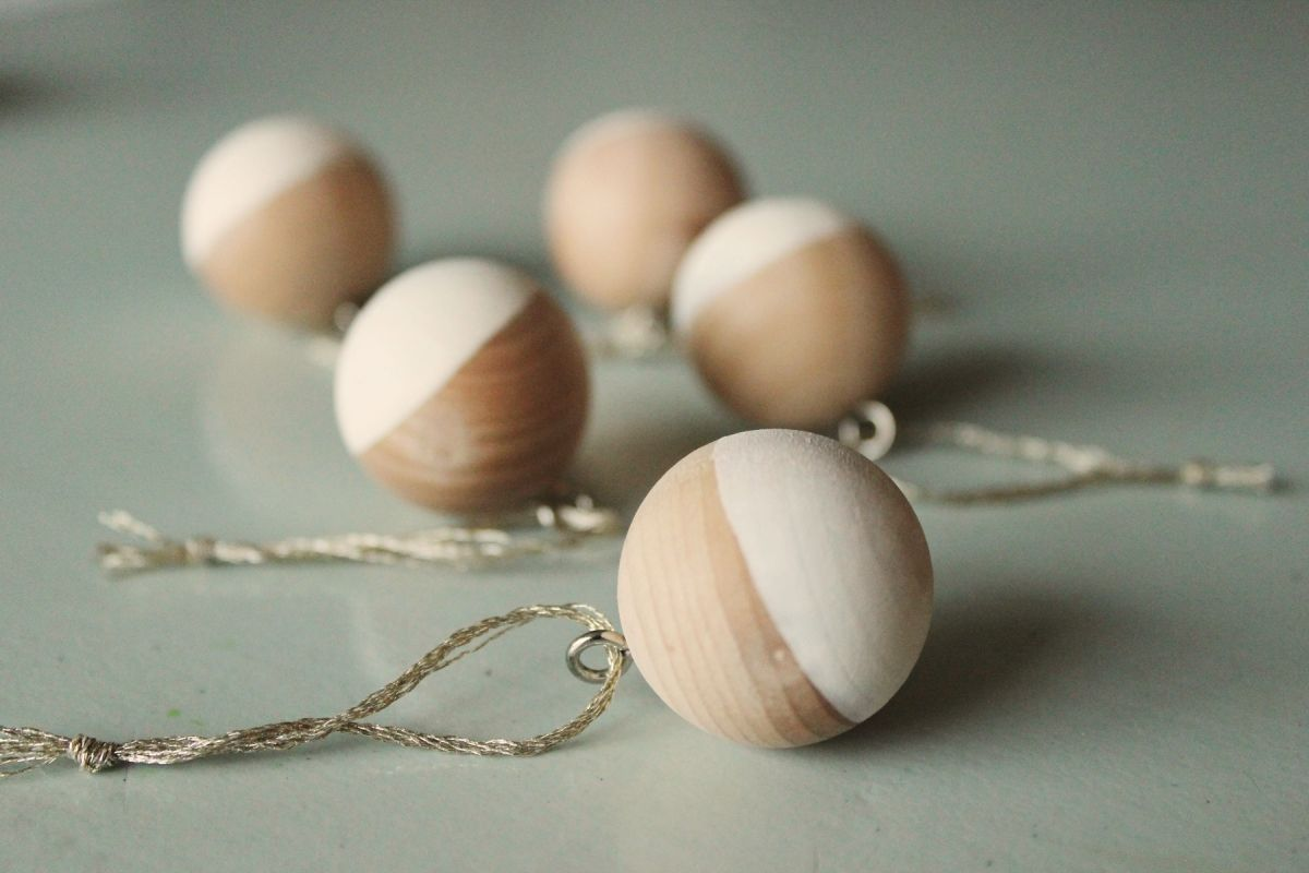 DIY Scandinavian Wooden Ornaments - add string