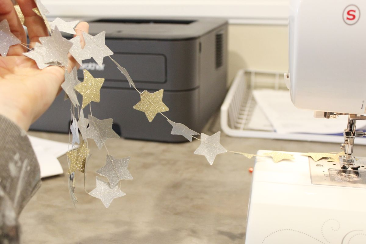 DIY Shimmery Star Garland Project