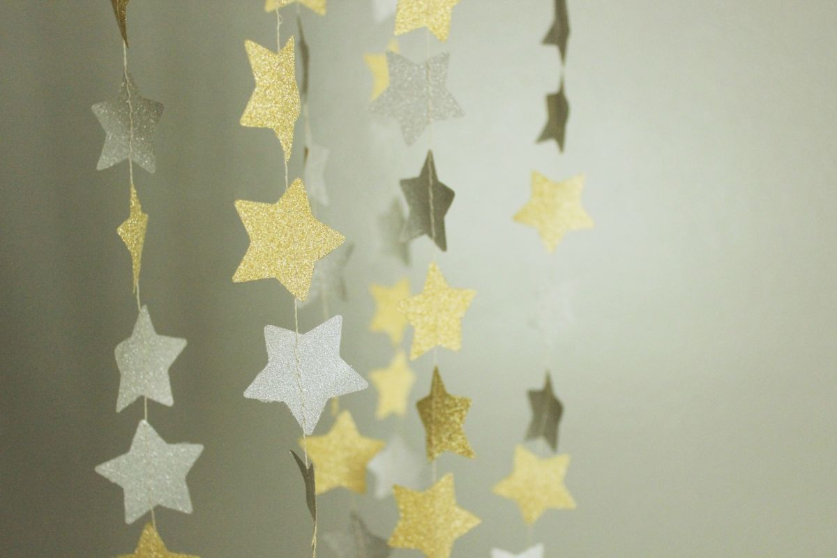 DIY Shimmery Star Garland - Sew Until your are done