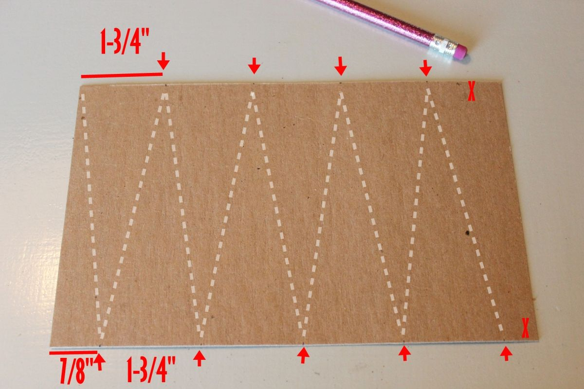 DIY String Tree Ornaments - measure and paint