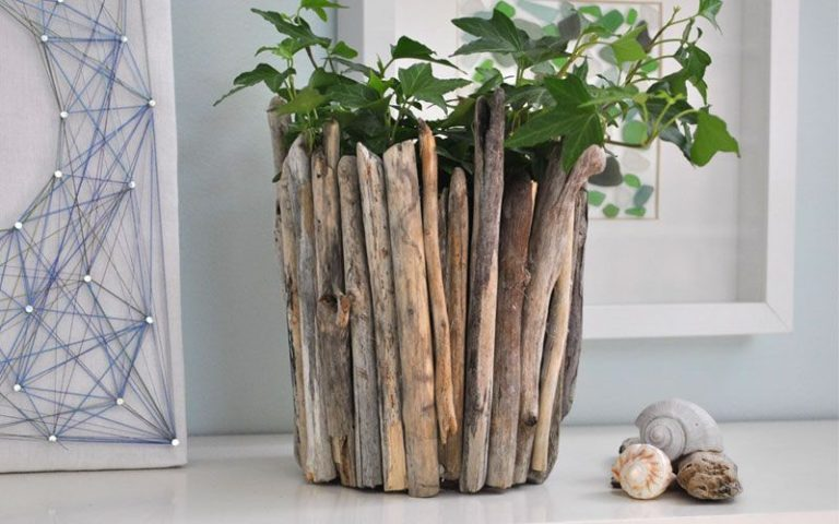 DIY driftwood art projects