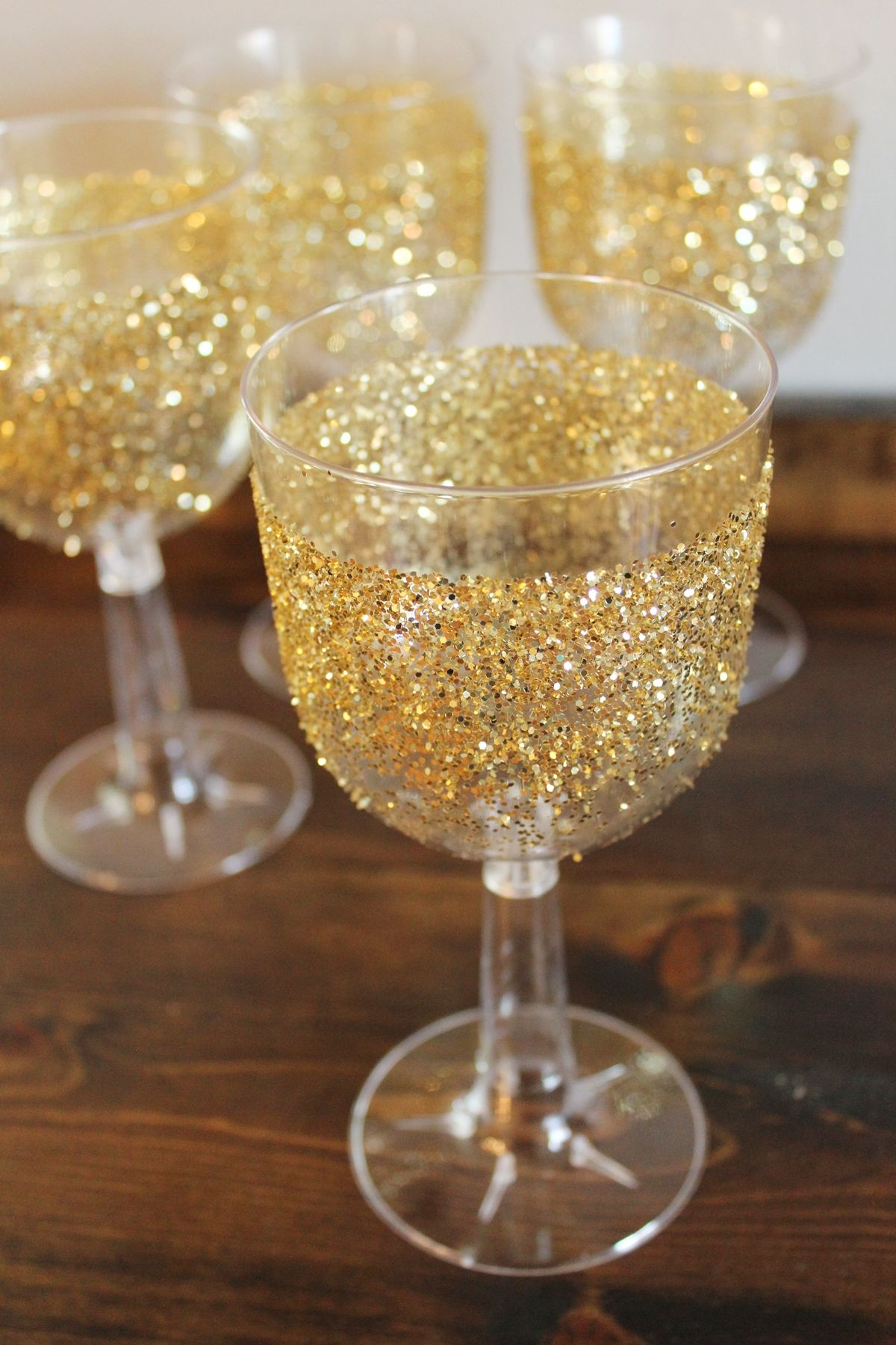 DIY gilded glitter party glasses