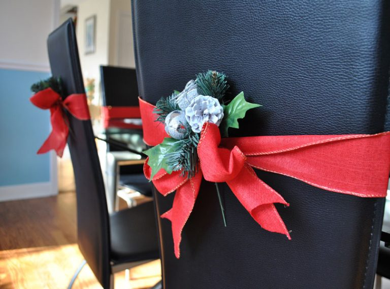 Decorate the Chairs for Christmas Party-Dinner