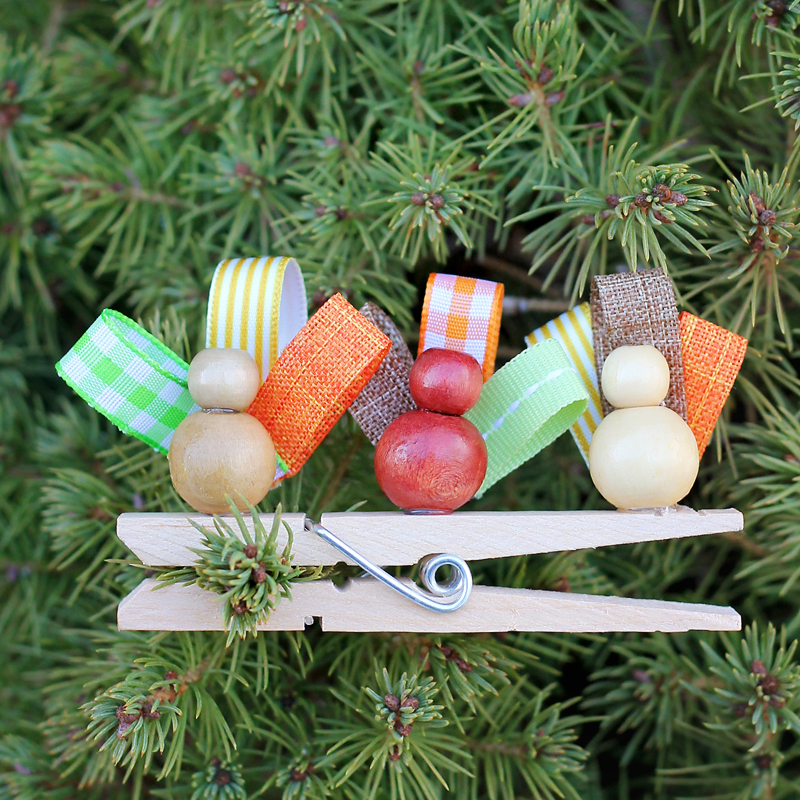 French Hens Ornament from Clothespins